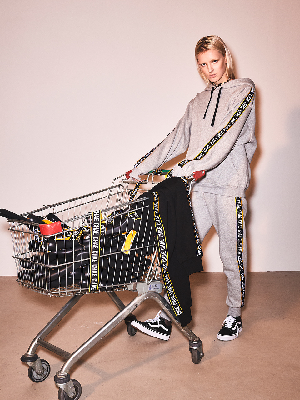 CHAE tapping jogger sweatpants [Melange/Yellow]
